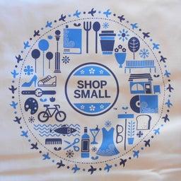 画像 小さな買い物、大きな応援。当店は「SHOP SMALL」加盟店です。 の記事より 1つ目