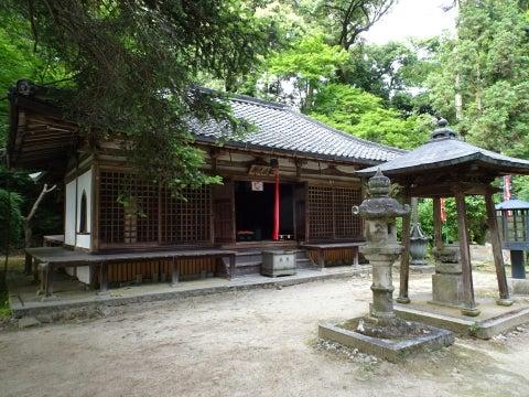 長岳寺本堂拝堂