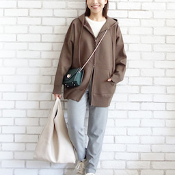画像 ニットパーカーとニットジャケットのコーデをご紹介〜!(^ ^)♪ の記事より 7つ目