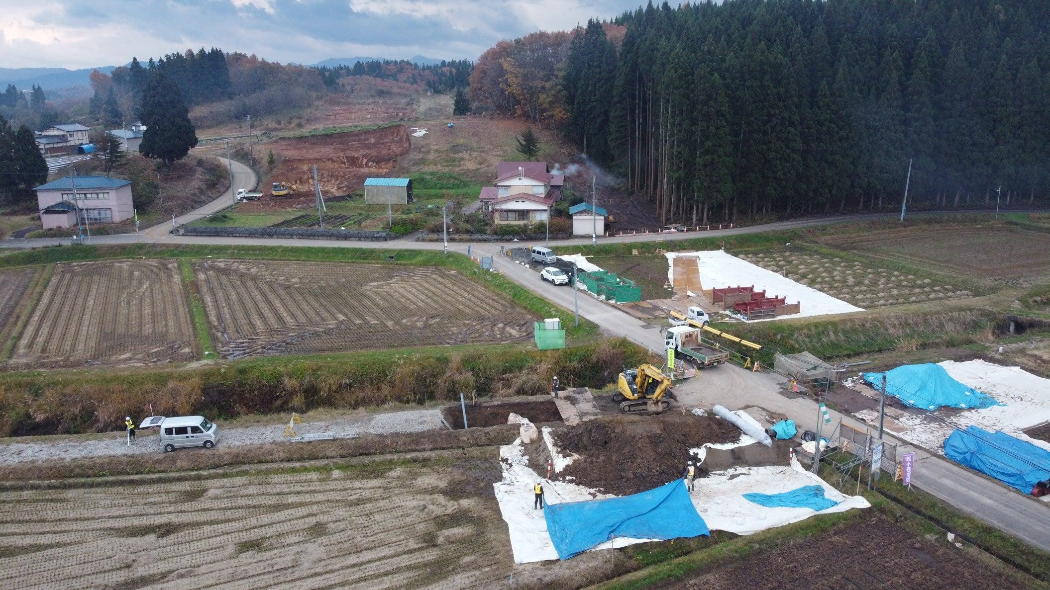 田んぼに水を送る管の工事