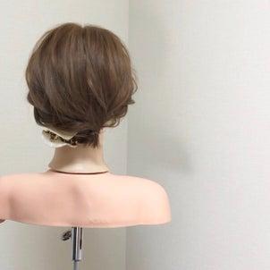 短い髪のまとめ髪〜肩くらいのボブアレンジ〜の画像