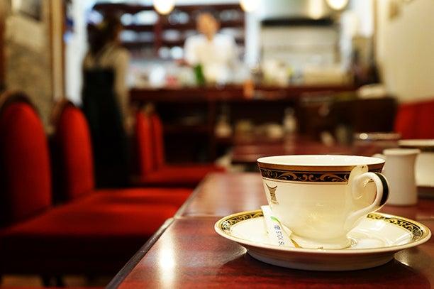 築地 レンガ 喫茶店