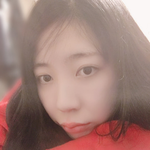 ♡芹沢あかり♡手から伝わる温かさの画像