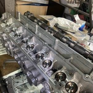 RB26改2.7Lレスポンスシステムヘッド組付け,DC5,K21R制作車両入庫,エリーゼはK24の画像