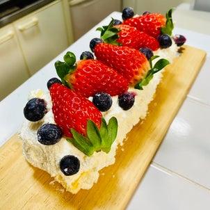 ほぼほぼクリームのショートケーキ作るーの画像