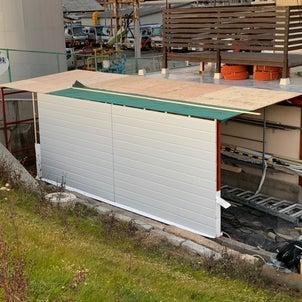 倉庫製作 壁下地と屋根材の画像