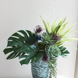 画像 【グリーンのアレンジメント】素敵な花器を使って❀ グリーンをメインに使ったアレンジメント の記事より 2つ目