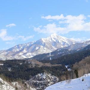 青空もつかの間午後からは大雪の画像