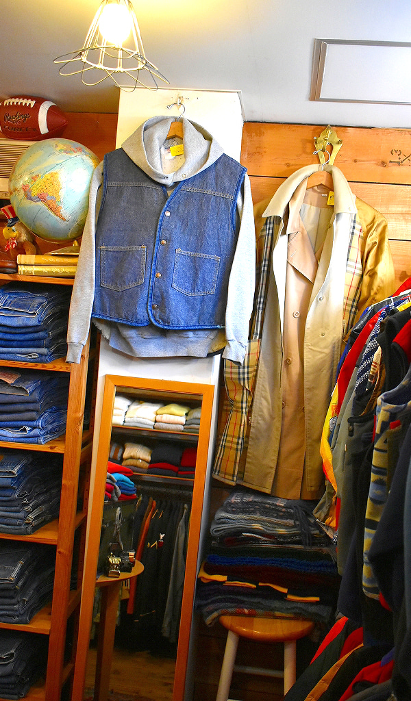 古着屋カチカチ2021年営業中3連休の店舗画像