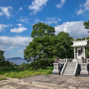 ■石垣島の気になるスポット■ サンゴ礁の海が見える尖閣神社の画像