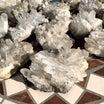 新着情報☆カンチェンジュンガ産ヒマラヤ水晶クラスターをご紹介|天然石・パワーストーン