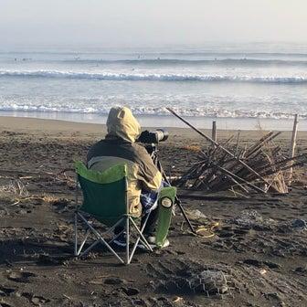 新たなサーフィンのルールで友吾プロのコーチング〜ビックリするほど海水温が高くて裸足でも大丈夫〜♪