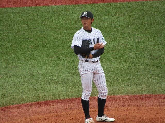 平内 龍太 投手