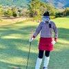 千鳥格子でいい子ちゃんゴルフウェアコーディネートの画像