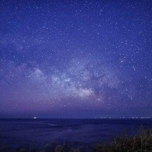 夏の天の川、さそり座、流れ星の画像