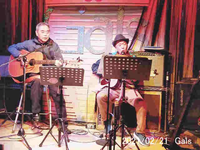 21日に開催したお気楽フェス(アコ系コンサート)<br />の出演者たち
