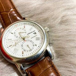 離婚時に旦那から奪った腕時計の画像