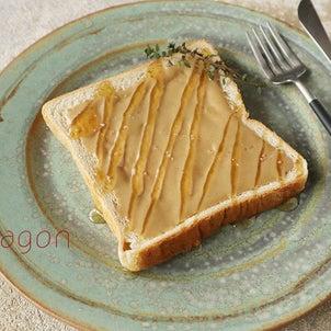 かけるだけなのに濃厚とろウマ!「ねりごまハニー塩トースト」♪と朝パン、あれこれ。の画像