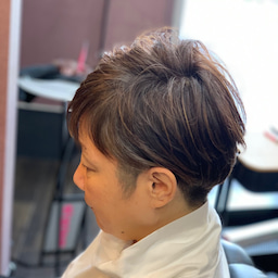画像 白髪染に見えない美髪カラー の記事より 2つ目