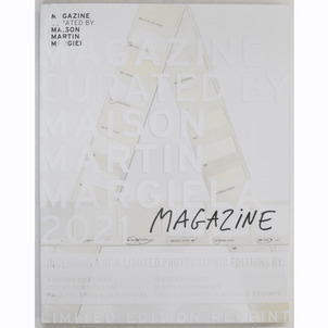 A MAGAZINE CURATED BY MAISON MARTIN MARGIELAの画像