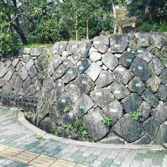 【京都ぶらり】知る人ぞ知る京都御所に残る時代を語る石たち「旧二条城の石垣」