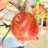 【教室レポート】りんごは何色?たくさんの色見つけたよの画像