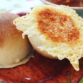 【生徒さん作品】捏ね方を変えたらふわふわで柔らかいパンが焼けるようになりました。