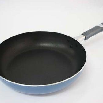 テフロン加工のフライパンで、貴方は猛毒料理を作っていた!
