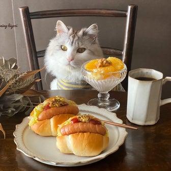 おうちモーニング その2325 ~サンドウィッチパーラーまつむらのロールパン~