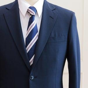 ドレスコード制限いっぱいで楽しむオーダースーツ,,,の画像