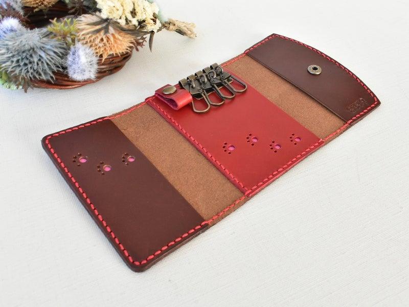 チョコ革と赤革のキーパスケース