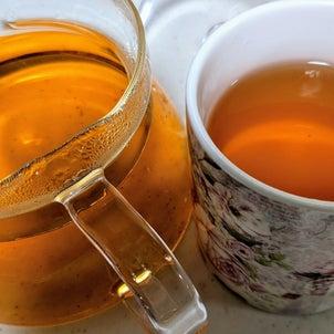 琥珀色の玉ねぎ茶の画像