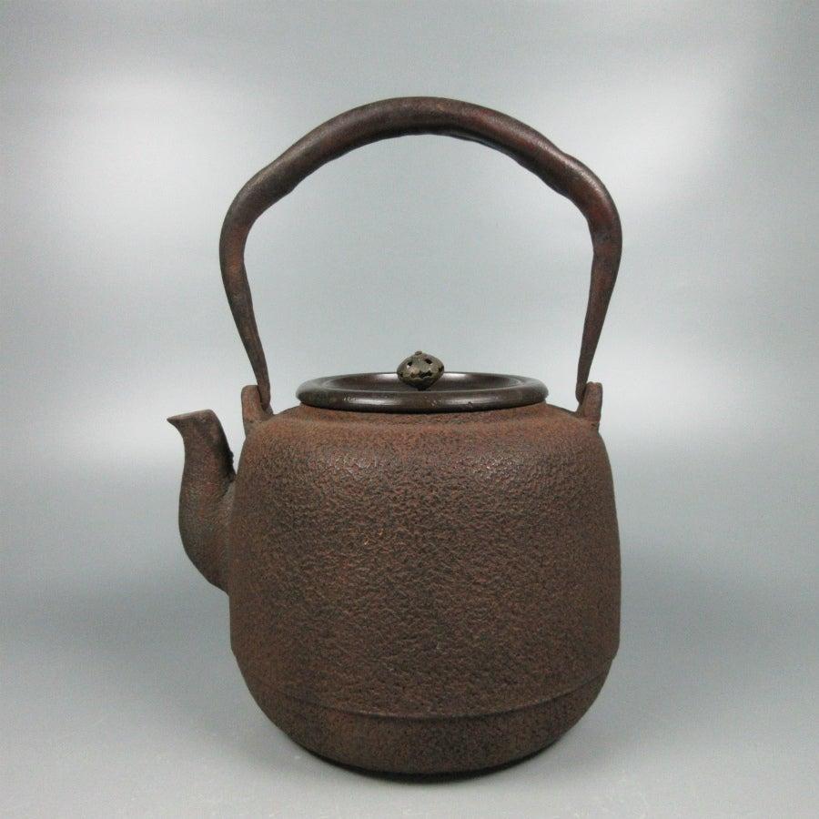 断捨離のさいに出てきた、骨董品、古道具の出張買取りは、お任せください。の記事より
