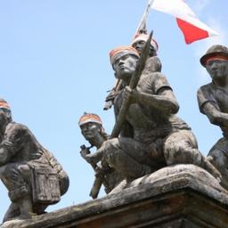 画像 なぜ日本の「愛国行進曲」が歌われたか の記事より