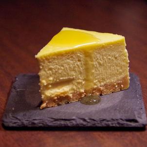 岡山のカクテルバー テロワール の NYチーズケーキの画像