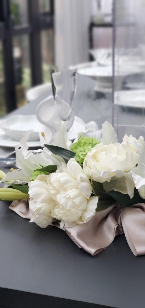 エミココフラワー&ランチレッスン☆アレンジメントに合わせて❣️エレガント&お洒落なテーブルで。。