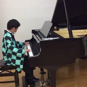 ピアノレッスンの空き時間〜もうすぐ楽器の日〜の画像
