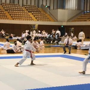 中学生大会と静岡県空手道連盟選手権大会の画像