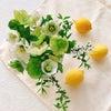 テーブルに飾る季節の花♡の画像