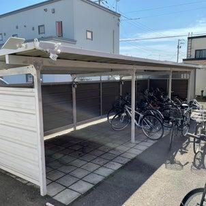 自転車小屋の画像