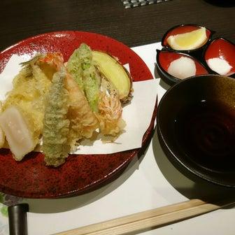 *週末は京橋でお寿司と天麩羅をダブルで味わう♪***