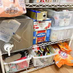 画像 食材や食器が床置き&レンジ内にまで溢れたキッチンが劇的変化!【整理収納コンサル事例】 の記事より 17つ目