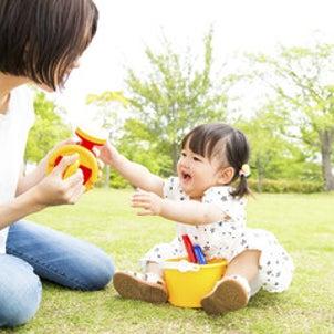 大いに親バカを楽しんでください!1歳から女子会は始まっている?!の画像