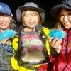 イカ釣り中に鯛を食べる。の画像