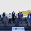 ★韓国・G7合同写真「菅首相を隅っこに」~南ア大統領を消去の画像