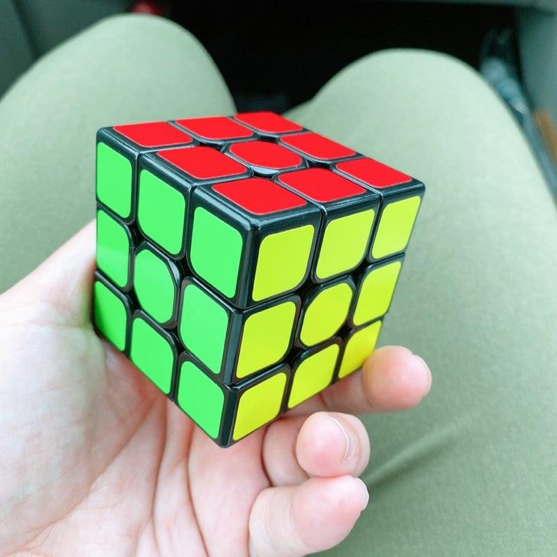 キューブ 法 ルービック 攻略 【初心者向け】ルービックキューブ攻略のコツ&解き方をやさしく解説 2021年7月