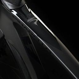 画像 新型DOGMA 「F」発表!! の記事より 10つ目