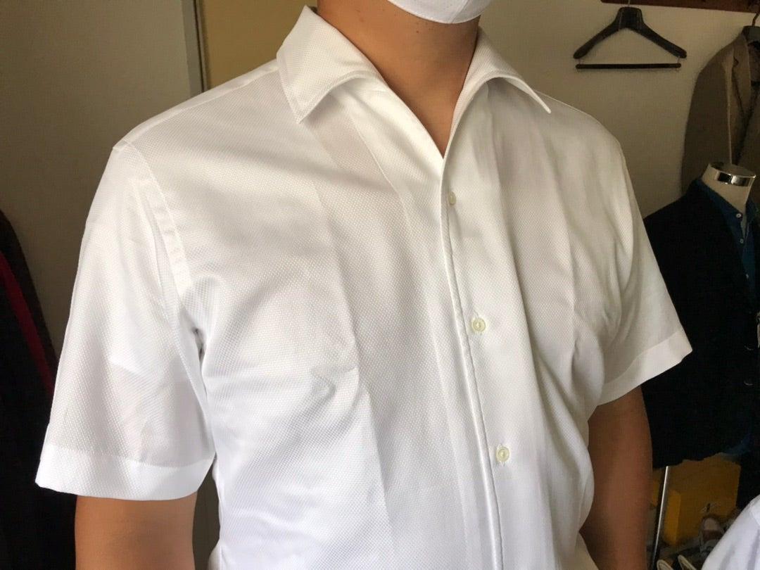 ビジネスウェアとしての半袖シャツ
