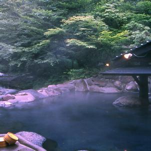 温泉と開運の不思議な関係の画像