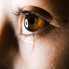 【究極のストレス解消法!】「涙を流すとラクになれる」話の画像